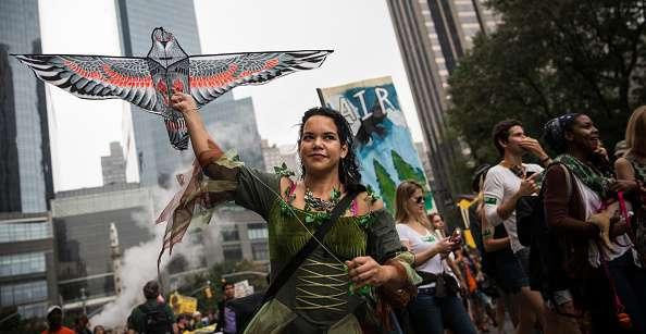 Unas 600 mil personas se movilizaron este domingo en varias ciudades del mundo contra el cambio climático, con una histórica marcha en Nueva York que reunió a 310,000 manifestantes según los organizadores, a dos días de la cumbre de la ONU sobre este tema. Foto: Getty Images