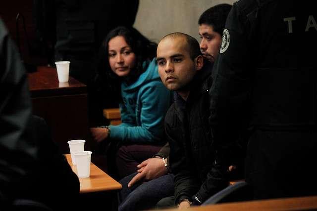 Presuntos autorores de bombazos en subcentro de metro Escuela Militar. Foto: Agencia UNO