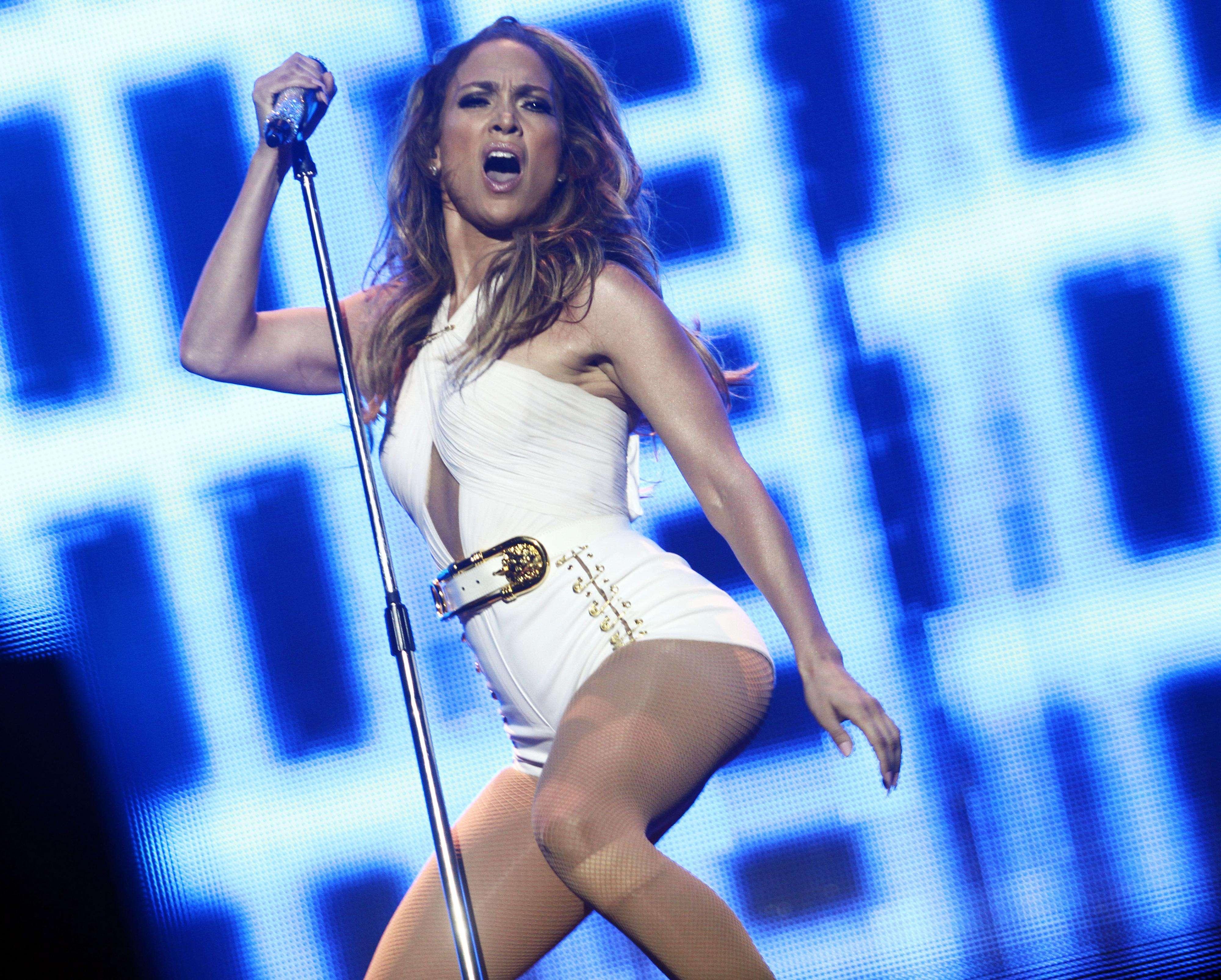Jennifer Lopez arrebenta durante show em Singapura Foto: Getty Images