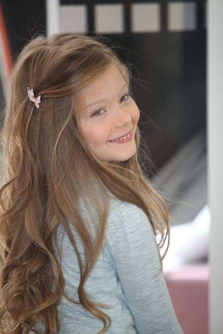 Sobrinha da top model brasileira Gisele Bündchen, Duda Bündchen, de apenas 7 anos, vai ter a sua estreia como atriz. A partir desta segunda-feira (22), a pequena fará uma participação especial em Chiquititas, do SBT. Foto: Divulgação