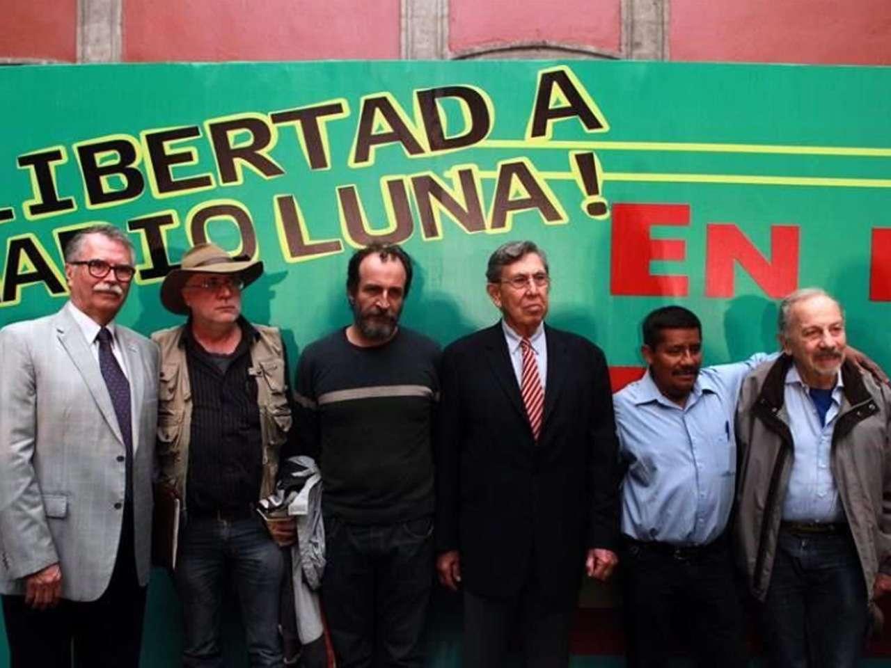 La exigencia la encabezó Cuauhtémoc Cárdenas Foto: Tomás Martínez/Reforma