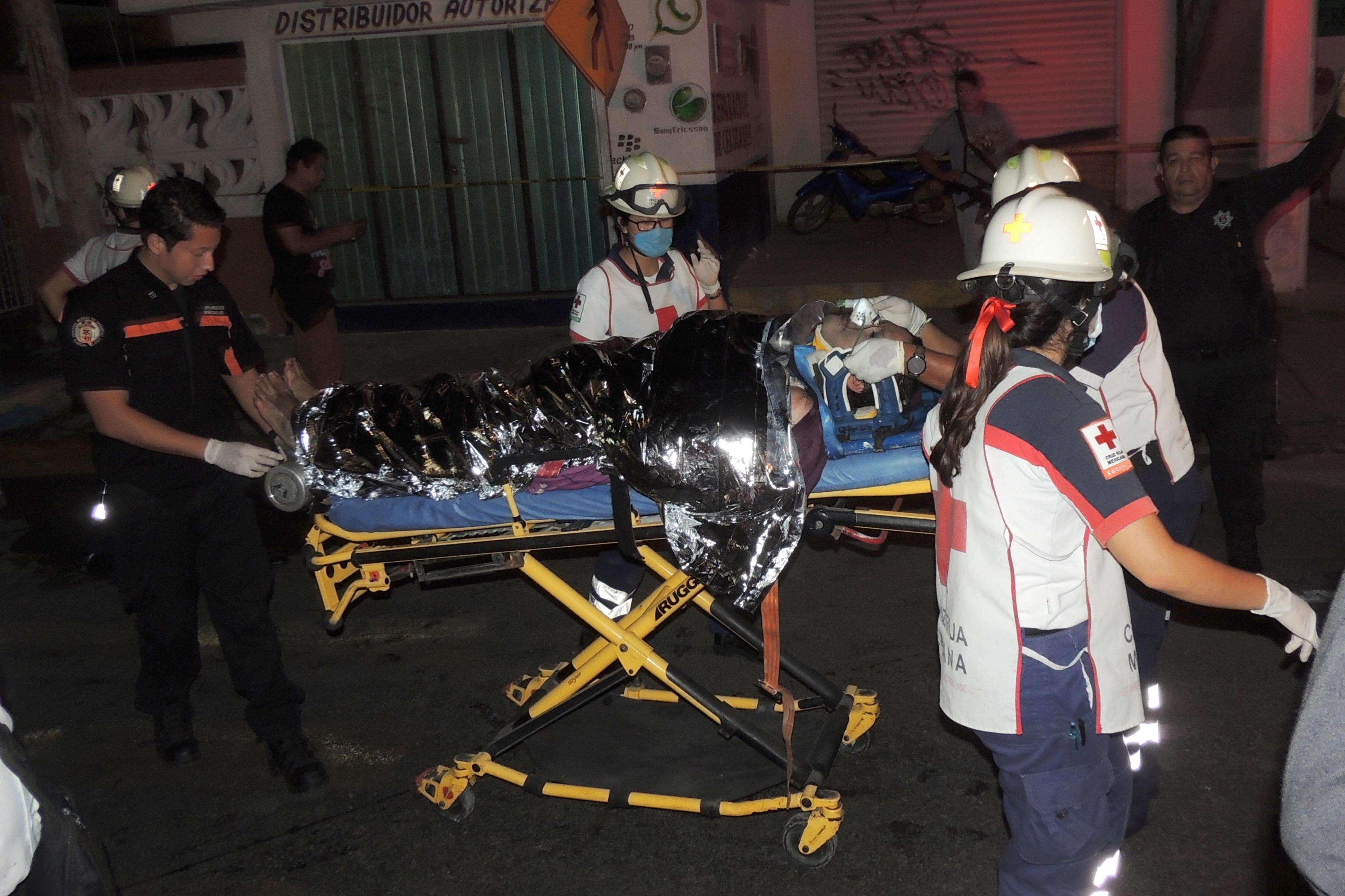 Una mujer muerta y cinco personas heridas de gravedad fue el saldo del ataque a una casa de citas clandestina ubicada en un barrio popular de Cancún, suroriental estado mexicano de Quintana Roo, informó hoy a la Fiscalía estatal. Foto: EFE en español