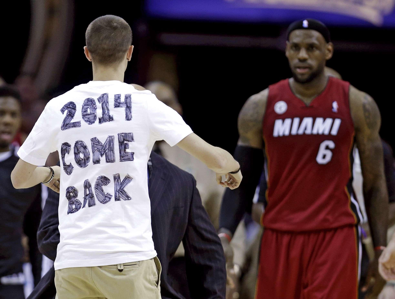 James Blair pediu o retorno de LeBron em 2013 Foto: Tony Dejak/AP