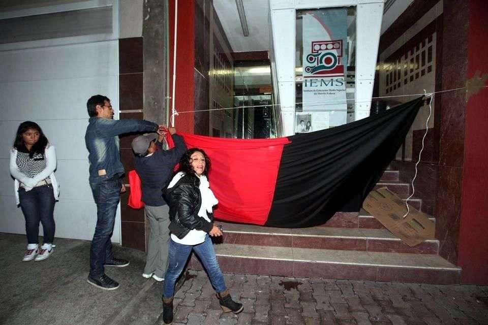 El cierre fue verificado por personal de la Junta Local de Conciliación y Arbitraje. Foto: Gabriel Jiménez/Reforma