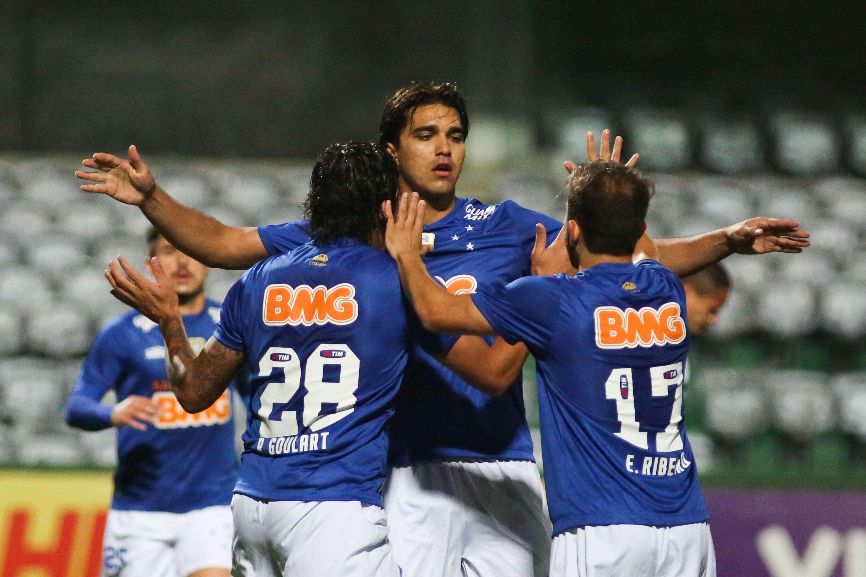Cruzeiro abriu o placar com Marcelo Moreno, de pênalti Foto: João Madruga/Futura Press