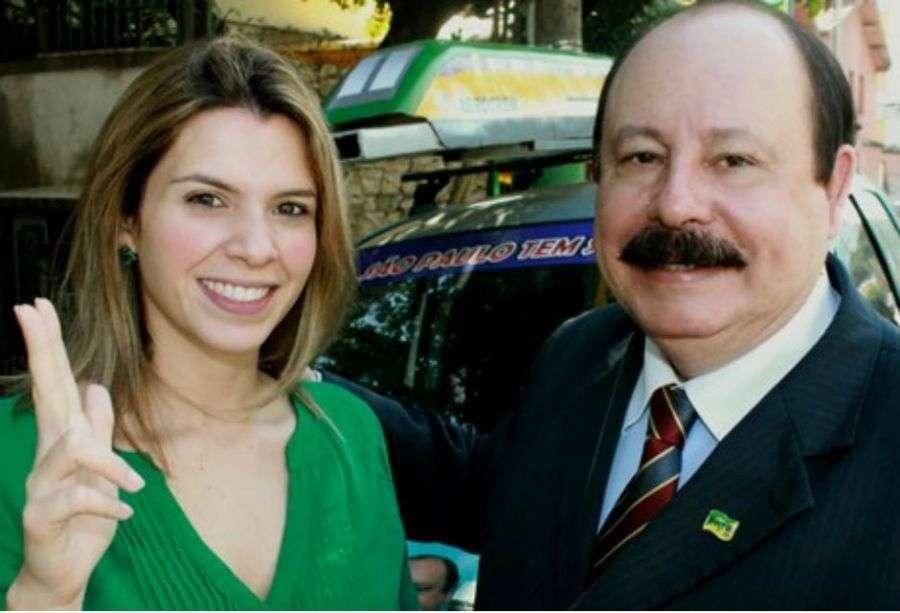 Livia Fidelix (PRTB), candidata a deputada estadual em São Paulo, com seu pai, Levy Fidelix; que tenta a Presidência Foto: Reprodução