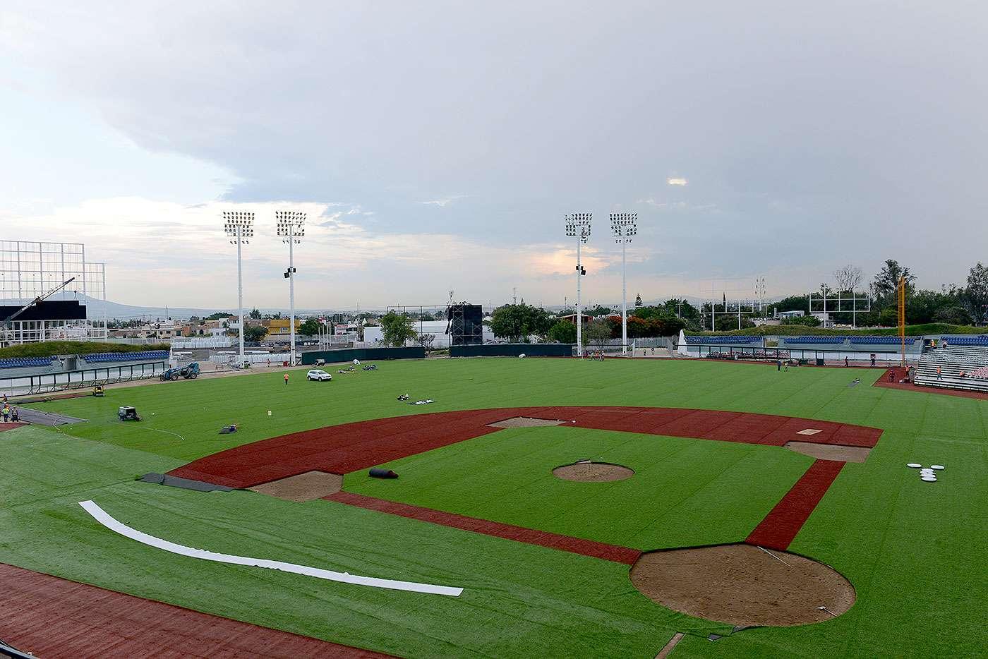 Las obras de adecuación en el estadio de Atletismo de Zapopan, la casa del equipo de beisbol Charros de Jalisco, están muy avanzadas para la temporada de Liga Mexicana del Pacífico. Foto: Charros de Jalisco