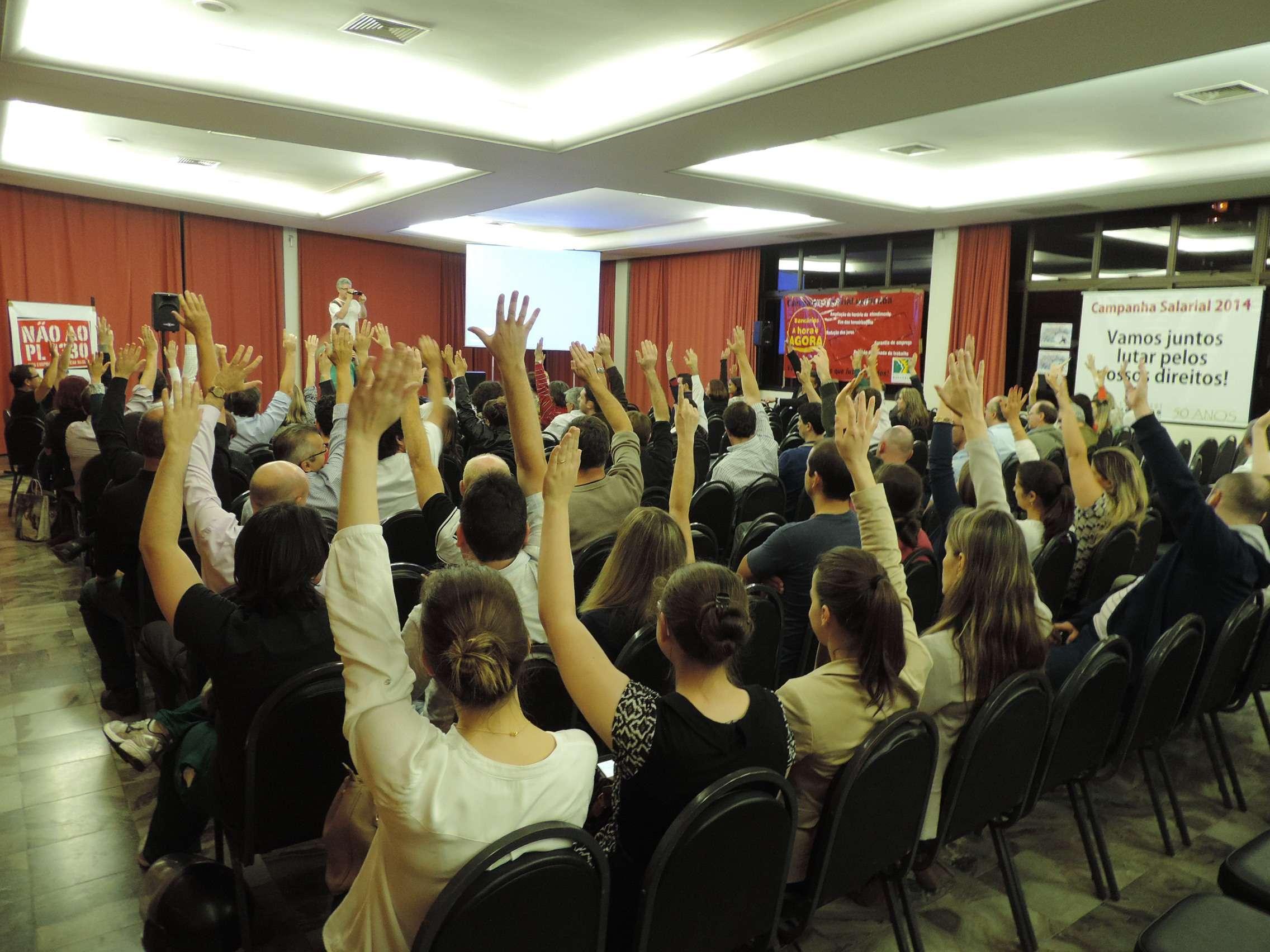 Em Blumenau, Santa Catarina, bancários também votaram pela greve Foto: Jaime Batista da Silva/vc repórter