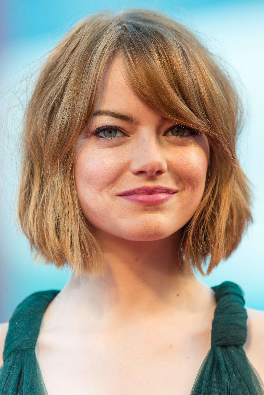 Emma Stone adota bob assimétrico na altura do queixo Foto: Getty Images/Ian Gavan