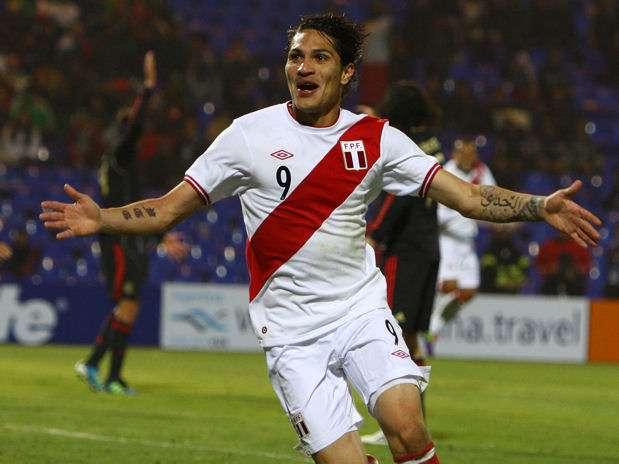Paolo Guerrero lleva 20 goles con la selección peruana y está a 6 de igualar el récord de Téofilo Cubillas. Foto: Miguel Ángel Bustamante/Terra Perú