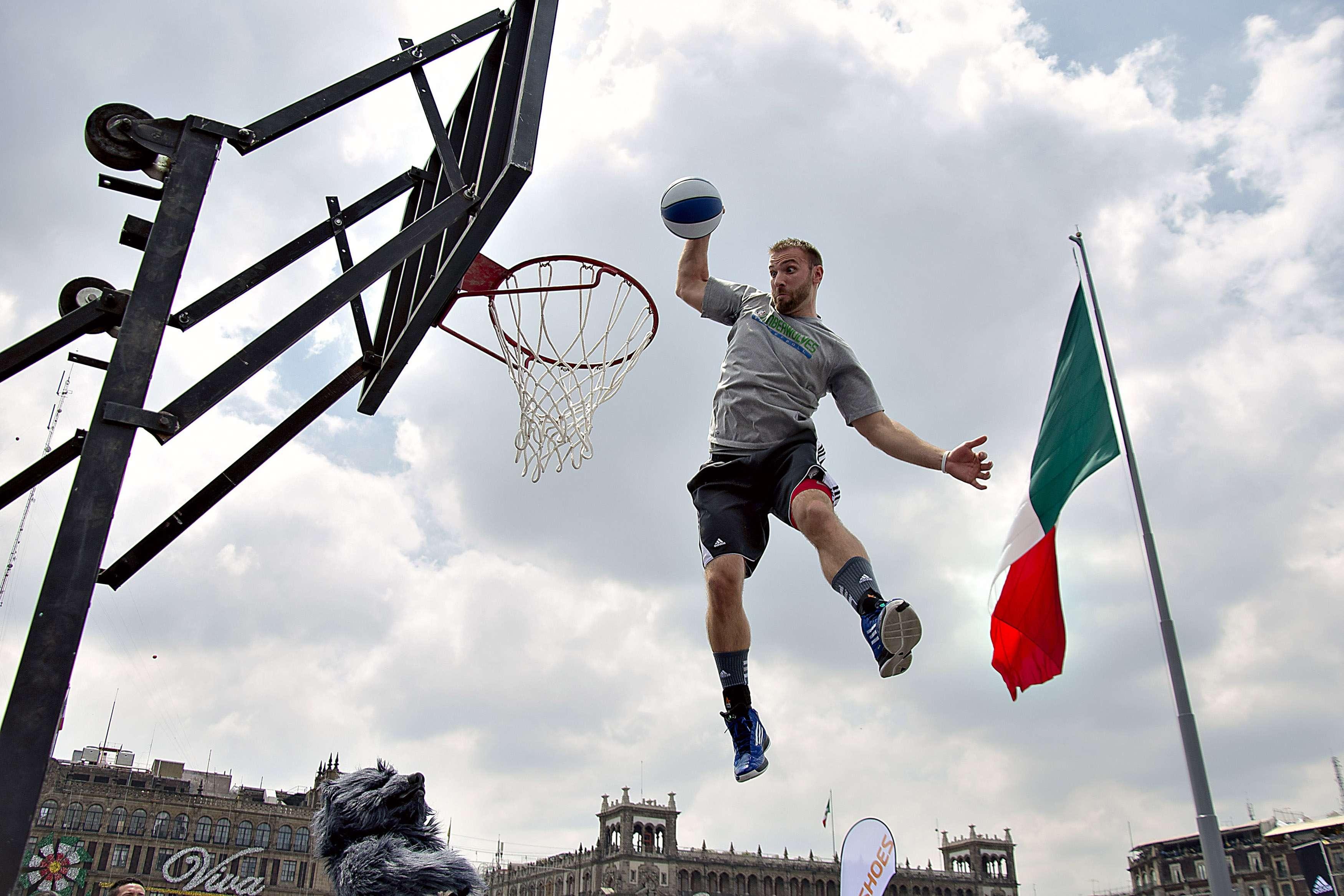 Hubo un concurso de clavadas. Foto: Mexsport