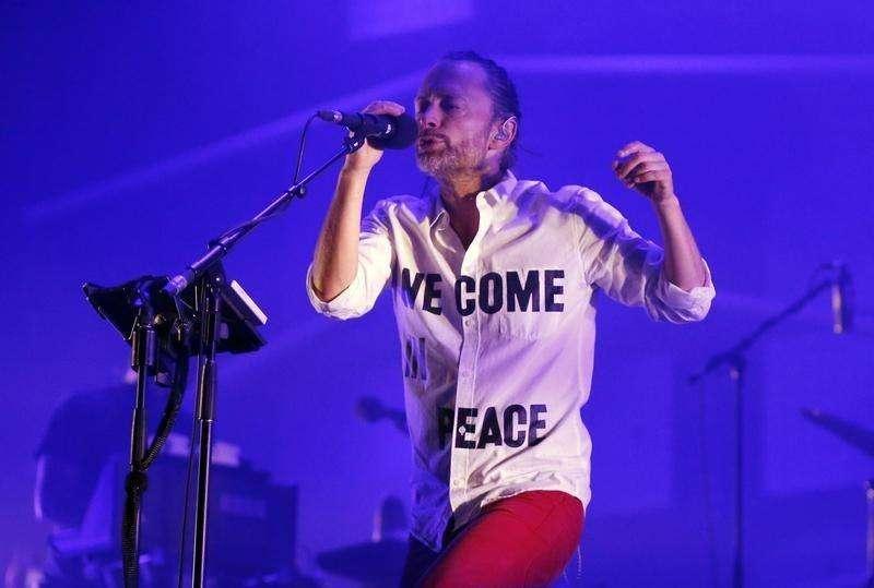 Thom Yorke durante show na Sérvia em 13 de julho de 2013. Foto: Marko Djurica/Reuters
