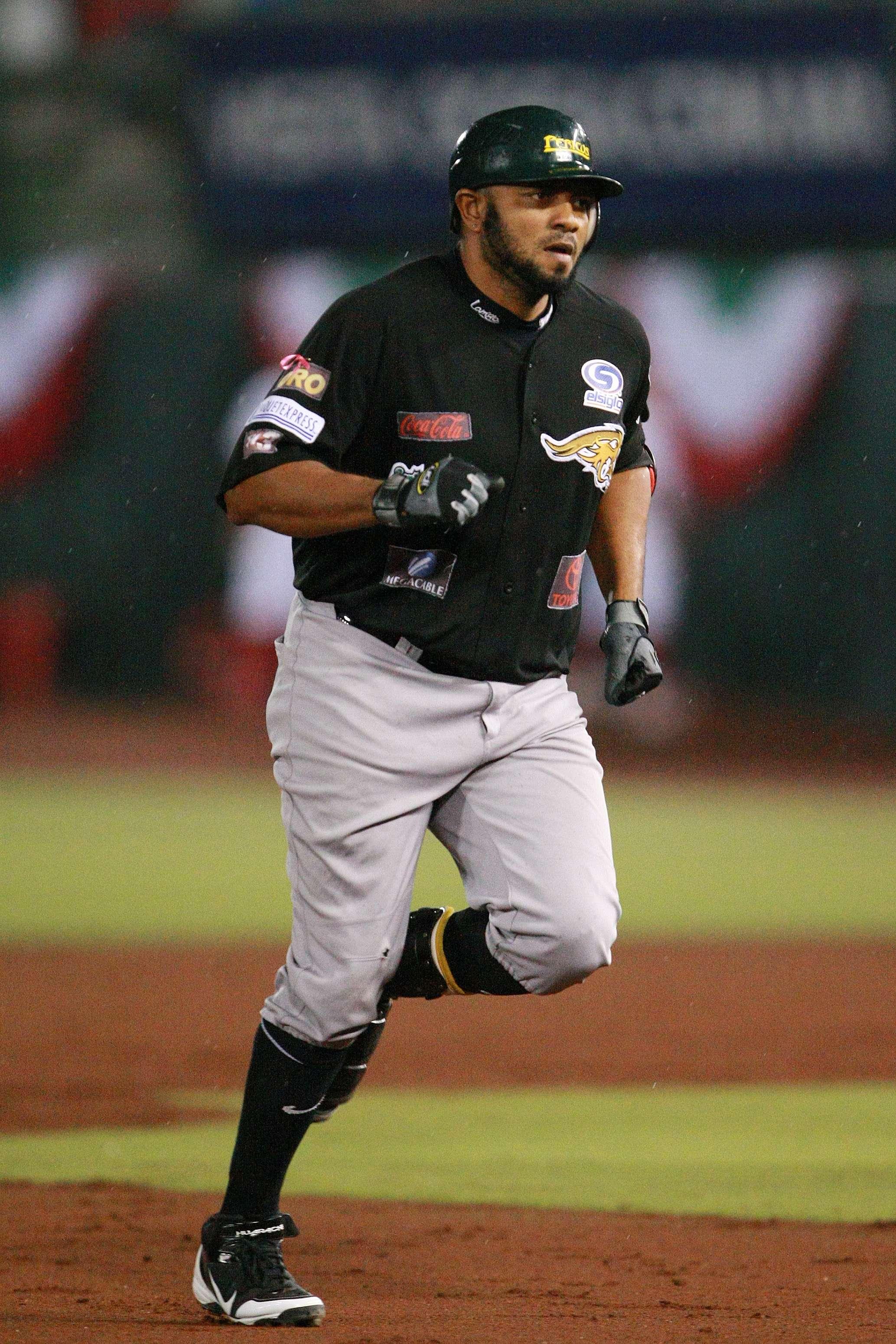 El poderoso Sandy Madera el Más Valioso de la Liga Mexicana de Beisbol. Foto: JamMedia
