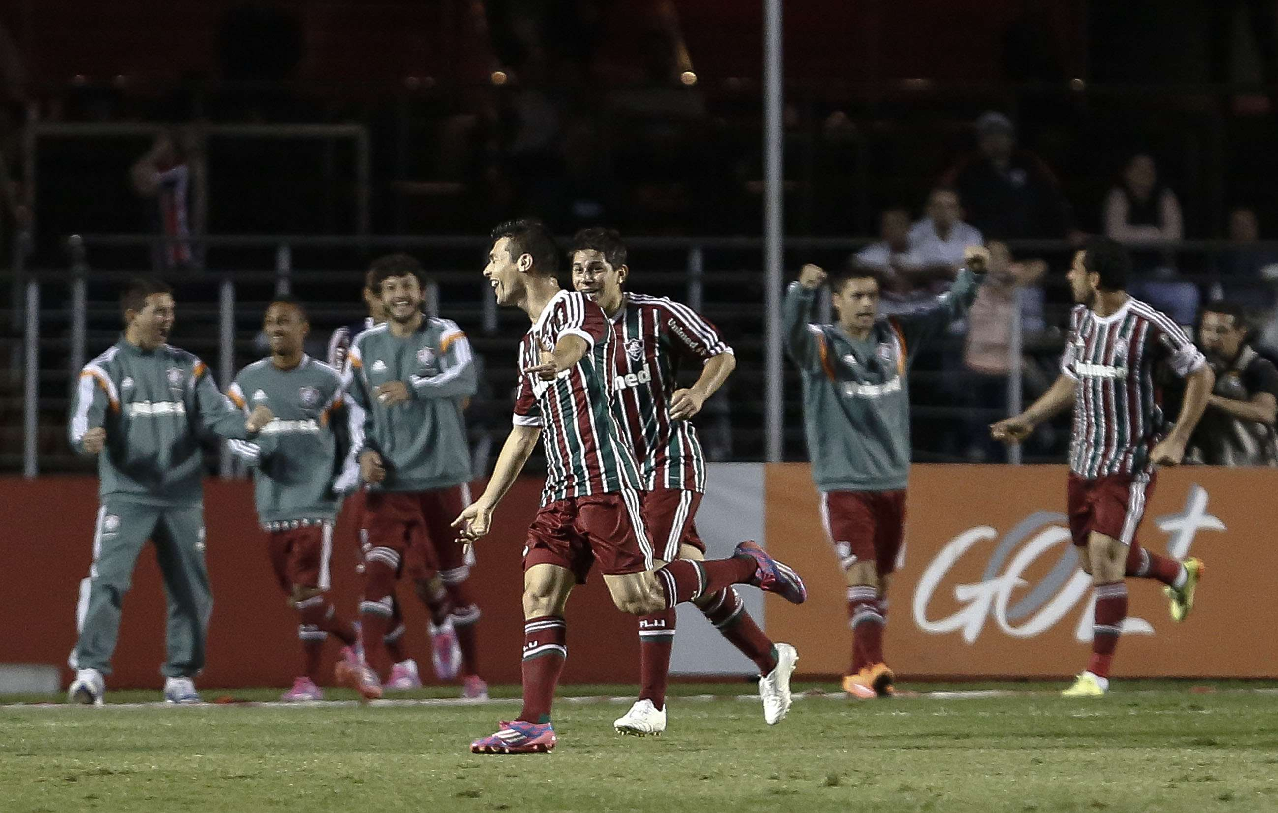 O canhoto Wagner fez o gol decisivo com a perna direita Foto: Miguel Schincariol/Getty Images