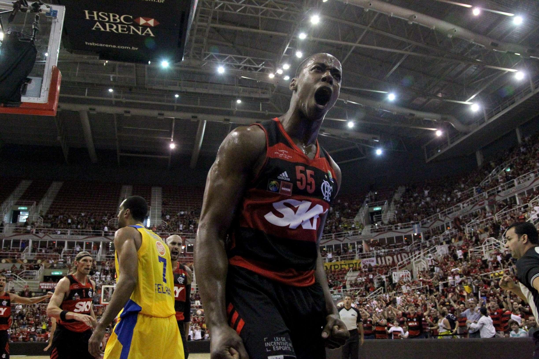 Jerome Meyinsse comemora ponto para o Flamengo Foto: Gilvan de Souza/Flamengo/Divulgação