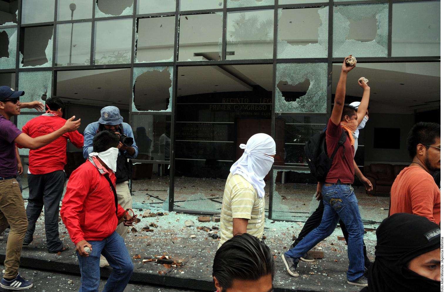 Normalistas Foto: Agencia Reforma