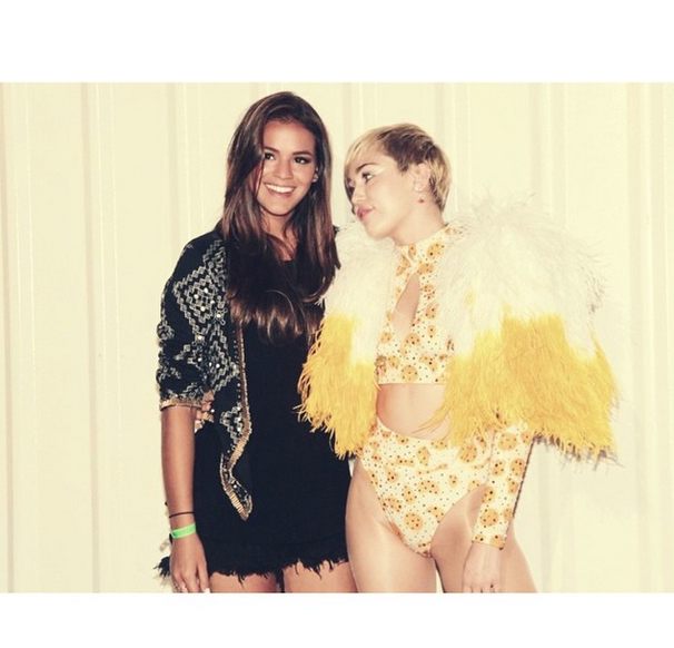 Miley Cyrus é tietada Foto: Instagram/Reprodução