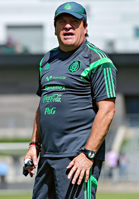 Miguel Herrera aspira a un equipo dinámico, que tenga un buen manejo de pelota, pero basado en el esfuerzo físico. Foto: Imago7