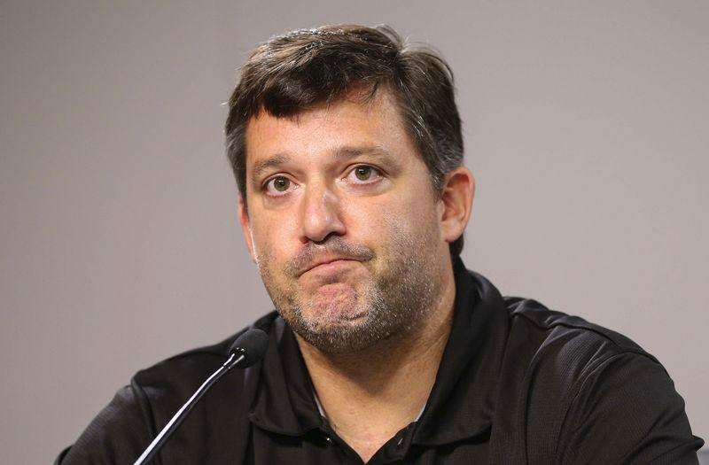 NASCAR Sprint Cup Series driver Tony Stewart during a press conference at Atlanta Motor Speedway in Hampton, Georgia August 29, 2014. Foto: Kevin Liles/Reuters