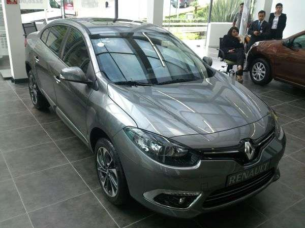 Renault presenta en México el nuevo Fluence 2015 con una nueva estética acorde al actual lenguaje de marca Foto: Terra
