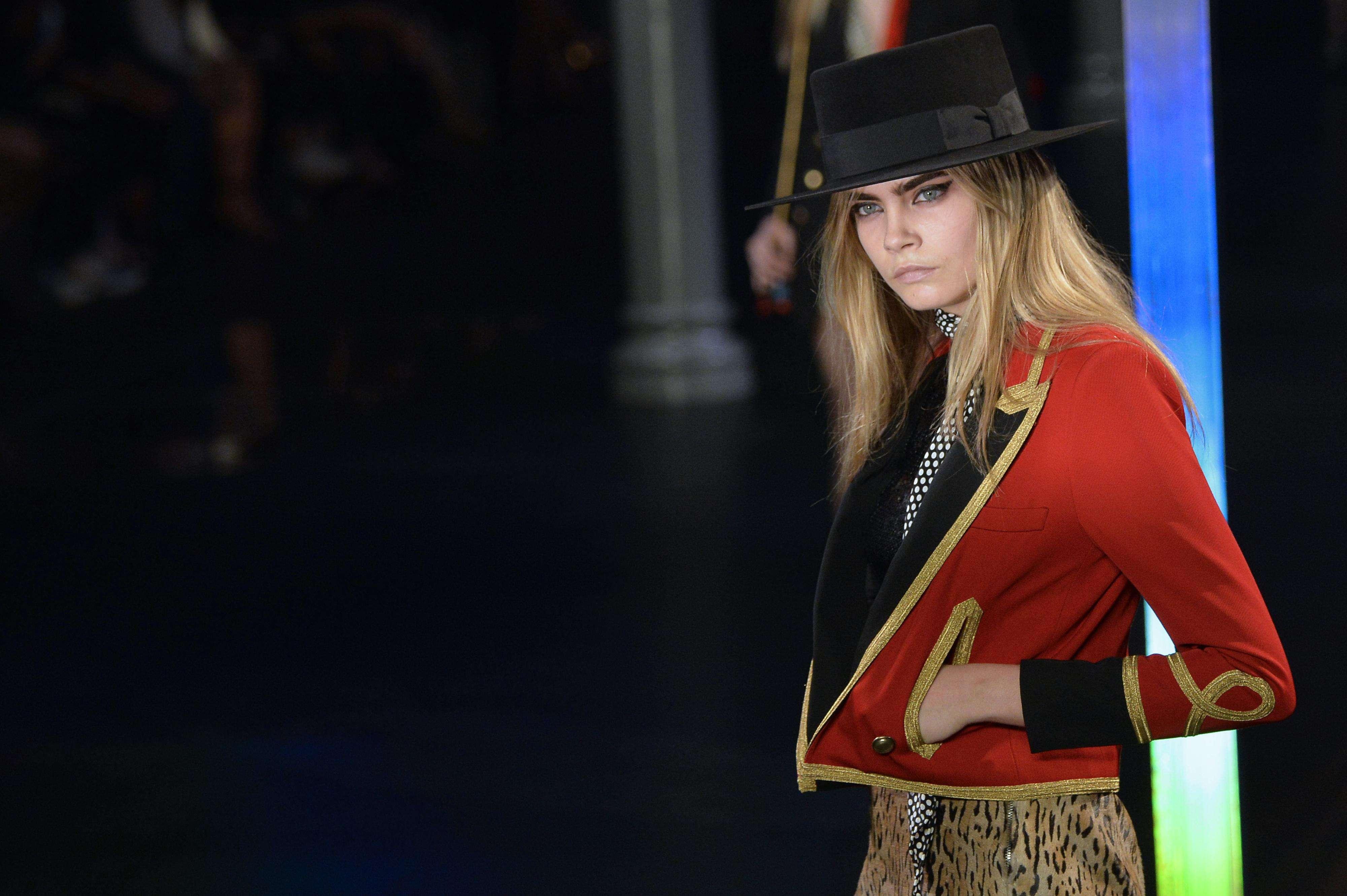 Saint-Laurent-Paris Fashion Week- Foto: AFP
