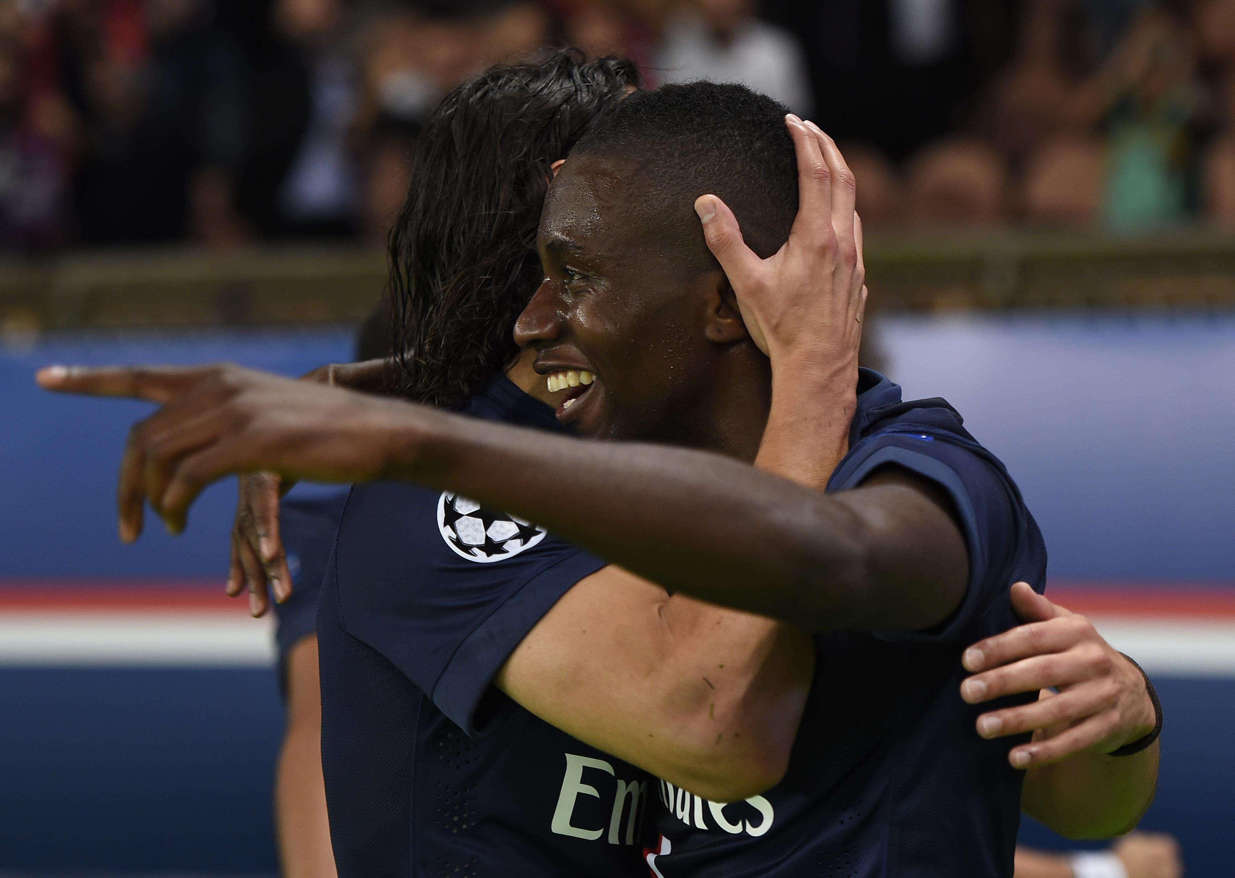 Matuidi faz a festa após terceiro gol do PSG Foto: Franck Fife/AFP