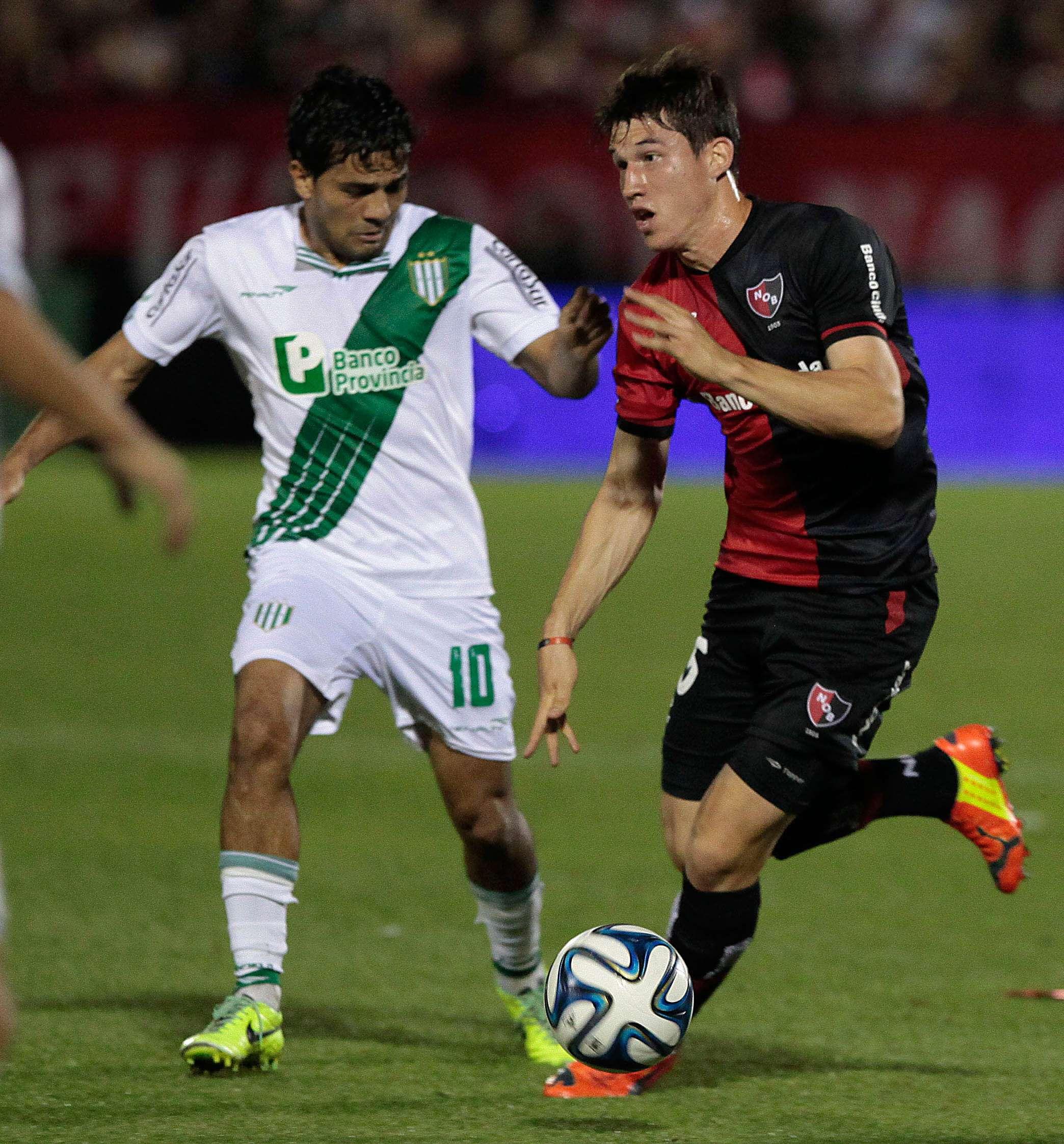 Banfield goleó a Newell's en Rosario Foto: NA