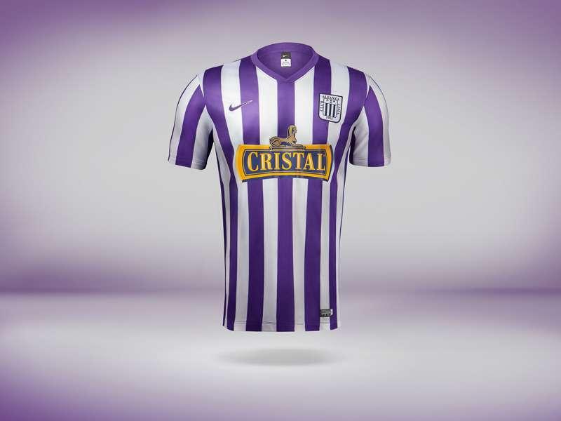 Alianza Lima usa la camiseta blanquimorada en octubre de manera ininterrumpida desde 1971. Foto: Difusión