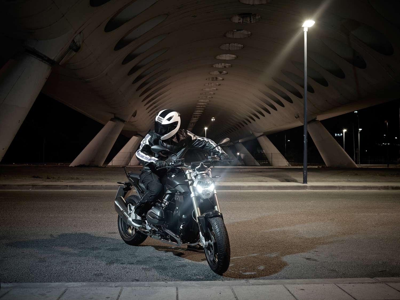 BMW R 1200 R Foto: BMW