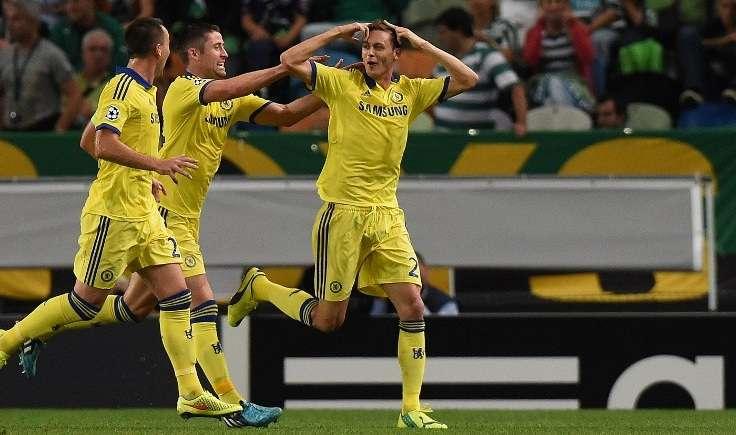Nemanja Matic celebra el gol del triunfo de Chelsea sobre Sporting de Lisboa. Foto: AFP