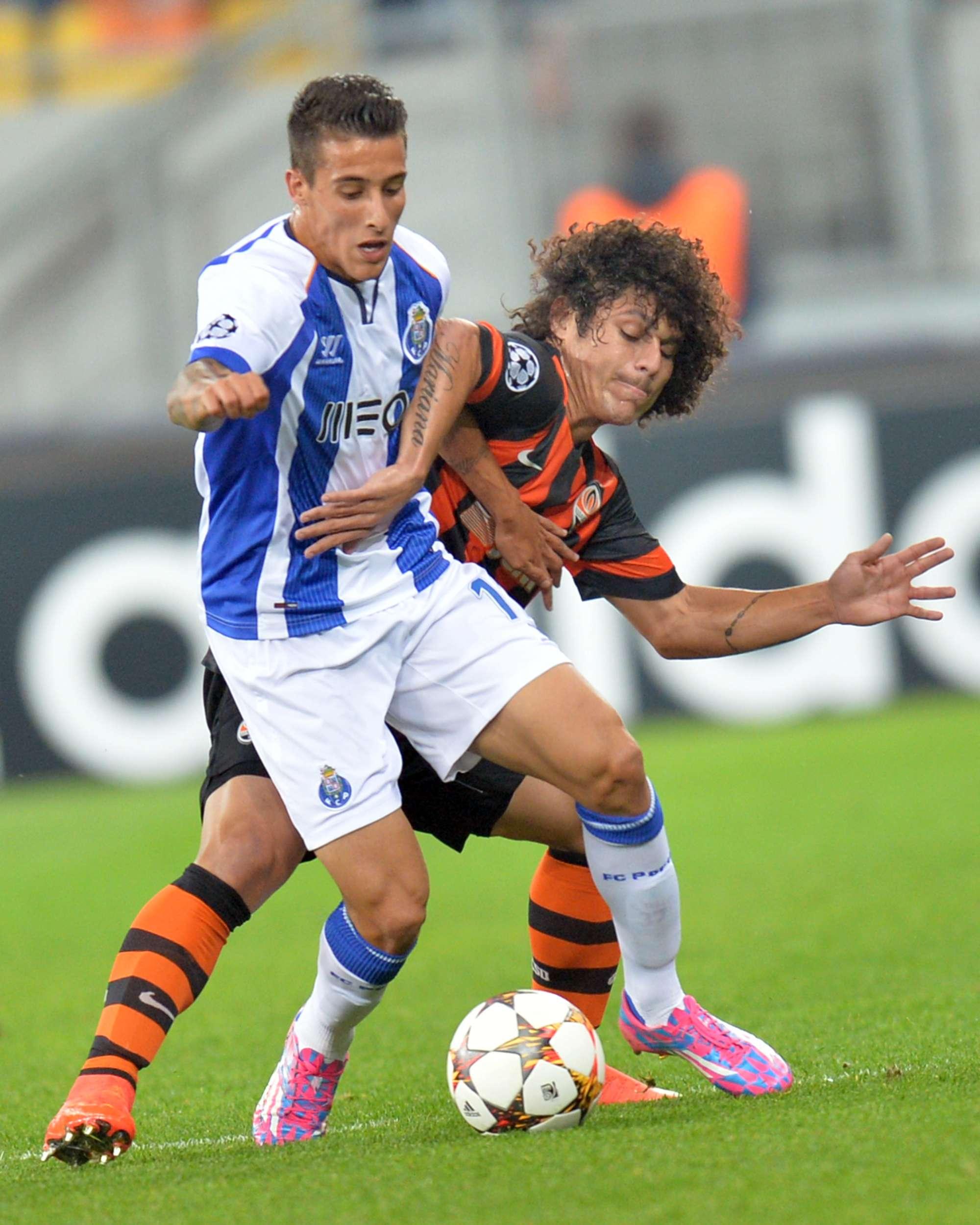 Porto logró un empate sobre la hora ante el Shakhtar Donetsken la Champions League. Foto: AFP