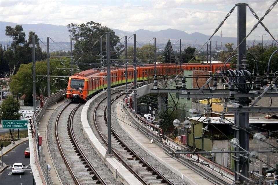 Para la rehabilitación del tramo subterráneo se contempla posibles aperturas y cierres diferenciados Foto: Reforma/Archivo