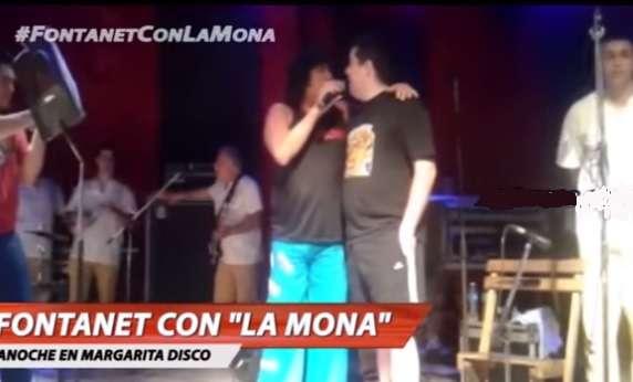 """El """"Pato"""" Fontanet subió a cantar invitado por """"La Mona"""" Jiménez Foto: Captura de TV"""