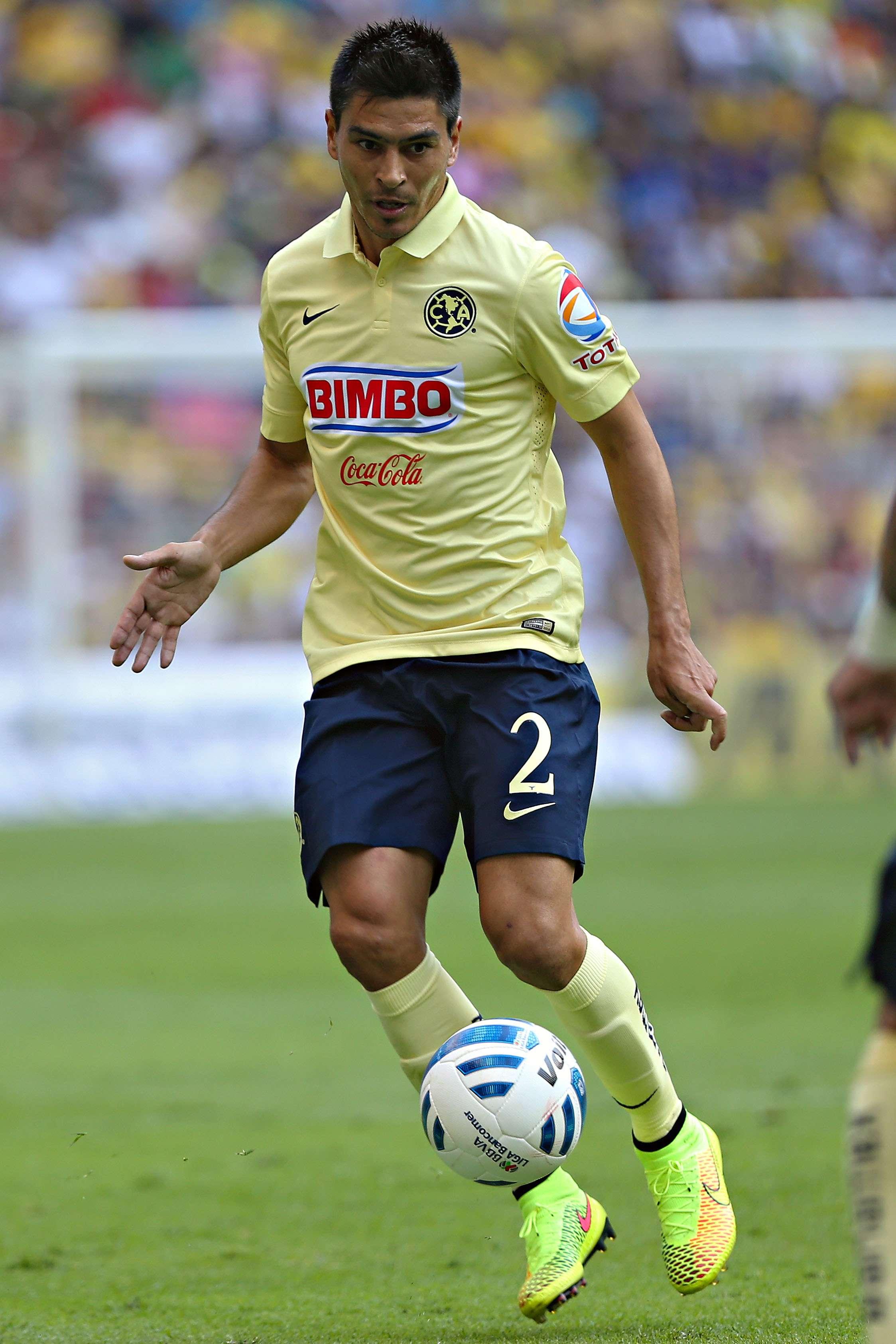 Paolo Goltz, el defensa argentino de las Aguilas del América en el Apertura 2014. Foto: Imago 7