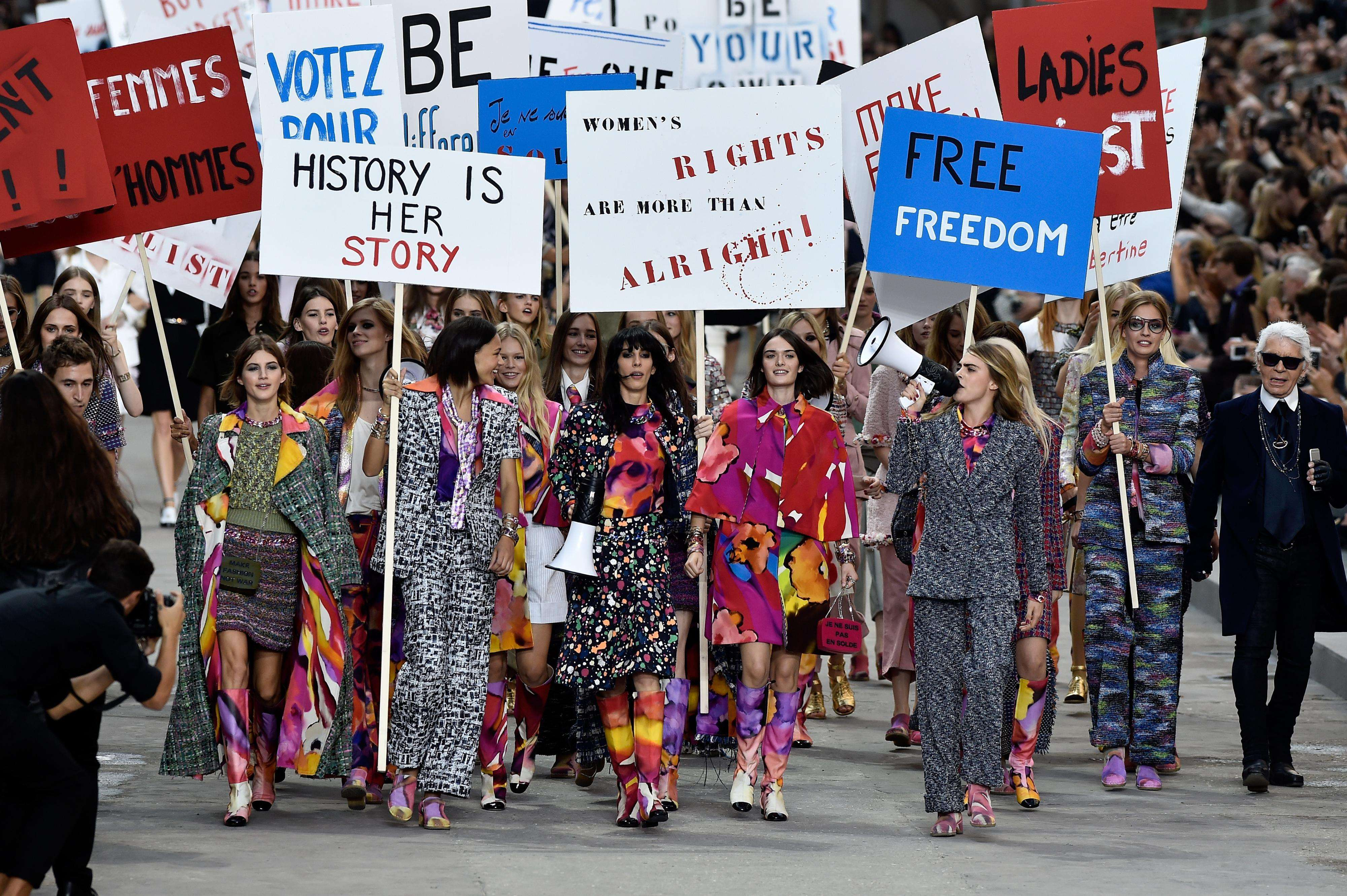 Pasarela de Chanel en Paris Fashion Week 2015 Foto: Getty Images