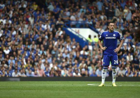 Chelsea's John Terry reacts during their English Premier League soccer match against Swansea at the Stamford Bridge in London September 13, 2014. Foto: Reuters en español