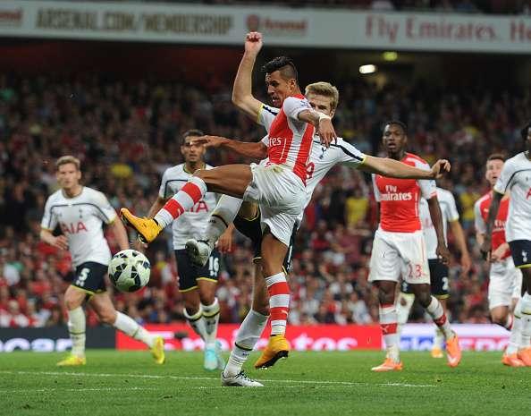 Alexis jugará desde las 15:45 horas. Foto: Getty Images