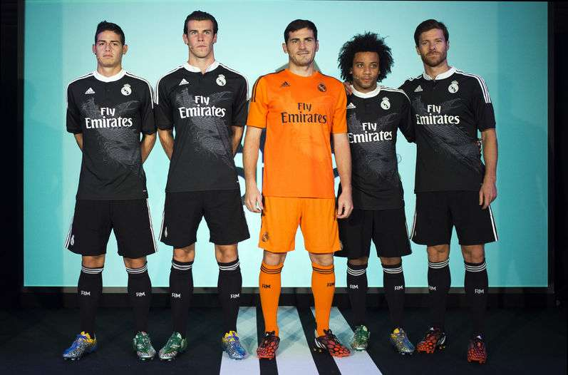 El Real Madrid con su tercer uniforme. Foto: Real Madrid