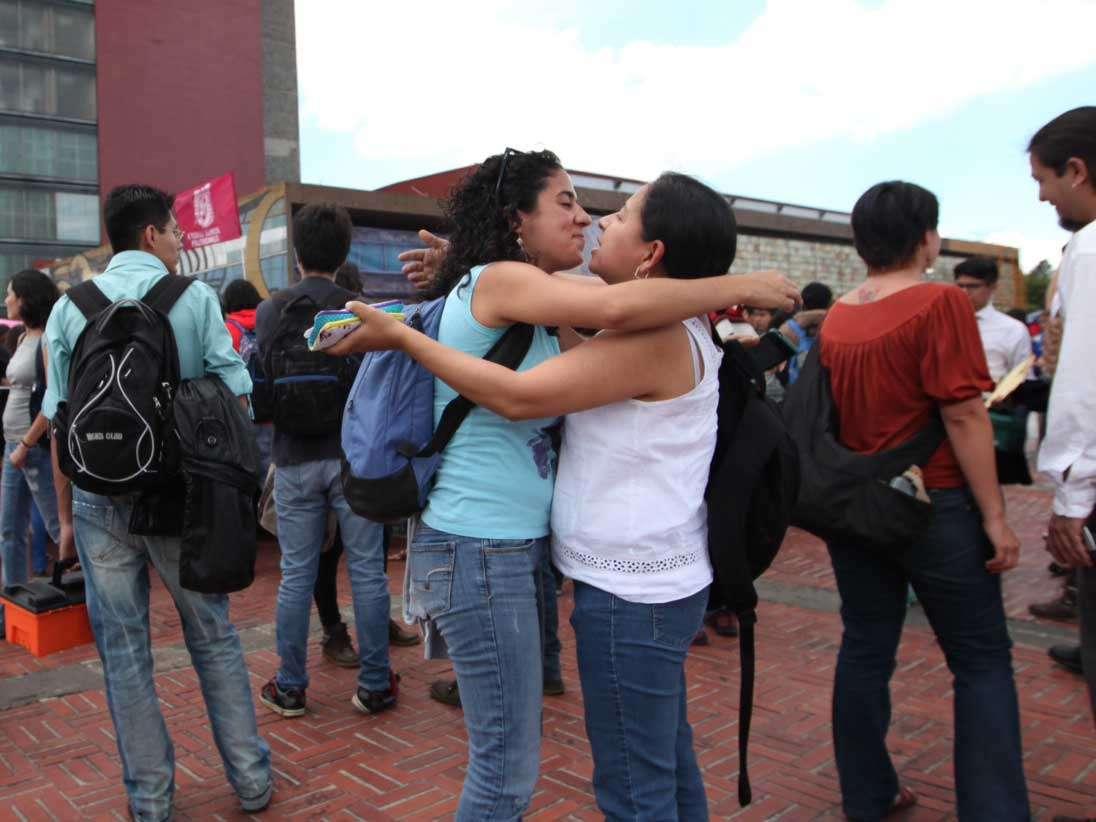 """""""(En el nuevo reglamento del IPN) se establecen normas que coartan las libertades de expresión y organización del estudiantado"""", manifestó el alumno Alejandro Martínez, del Centro de Estudiantes de la Facultad de Derecho de la UNAM. Foto: Terra"""