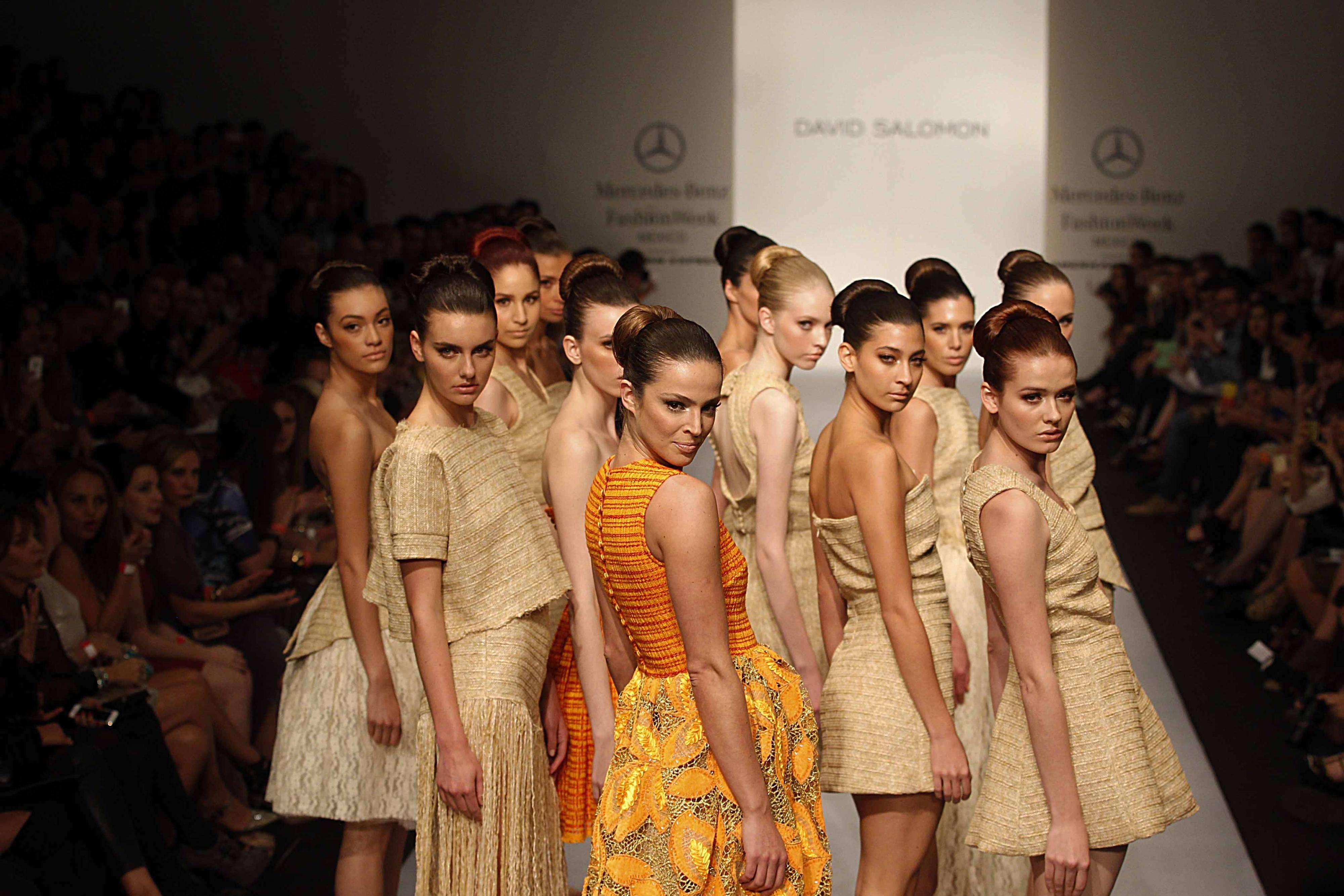 David Salomon desfila en la pasarela de Mercedes-Benz Fashion Week México Foto: Ulises Bravo/Terra