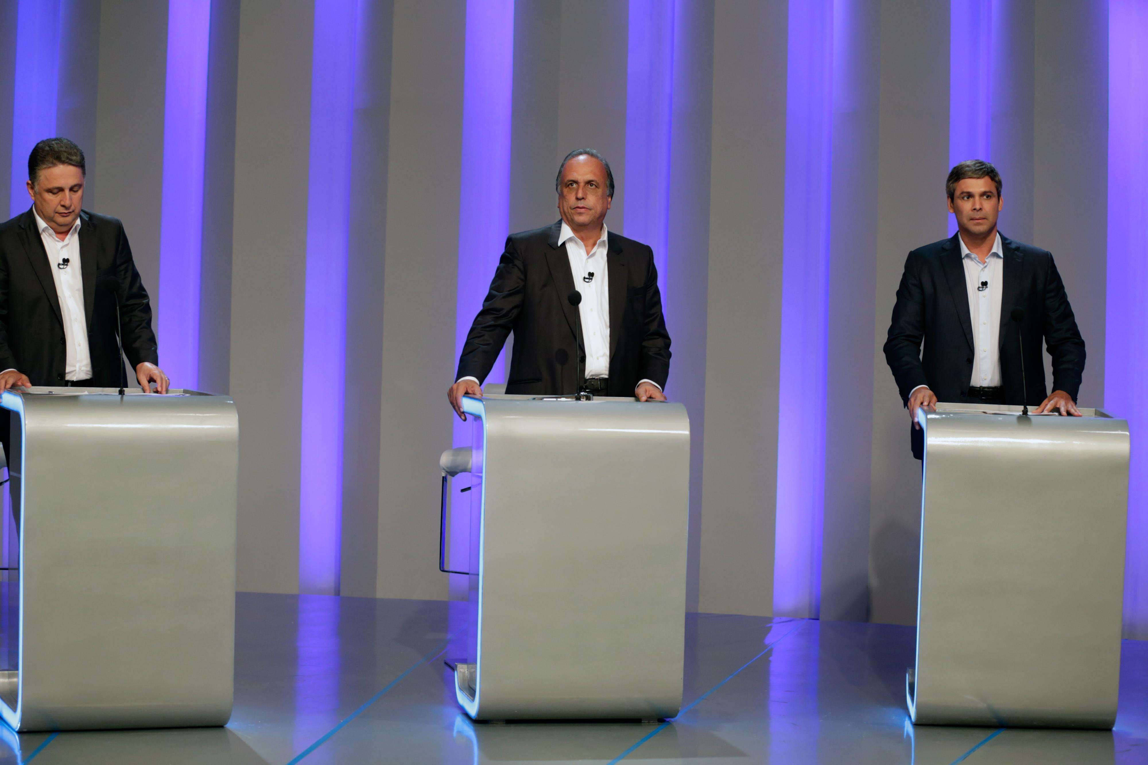 Candidatos discutiram suas propostas e aproveitaram para atacar os rivais Foto: Antônio Pinheiro/Campanha Lindberg Farias/Divulgação