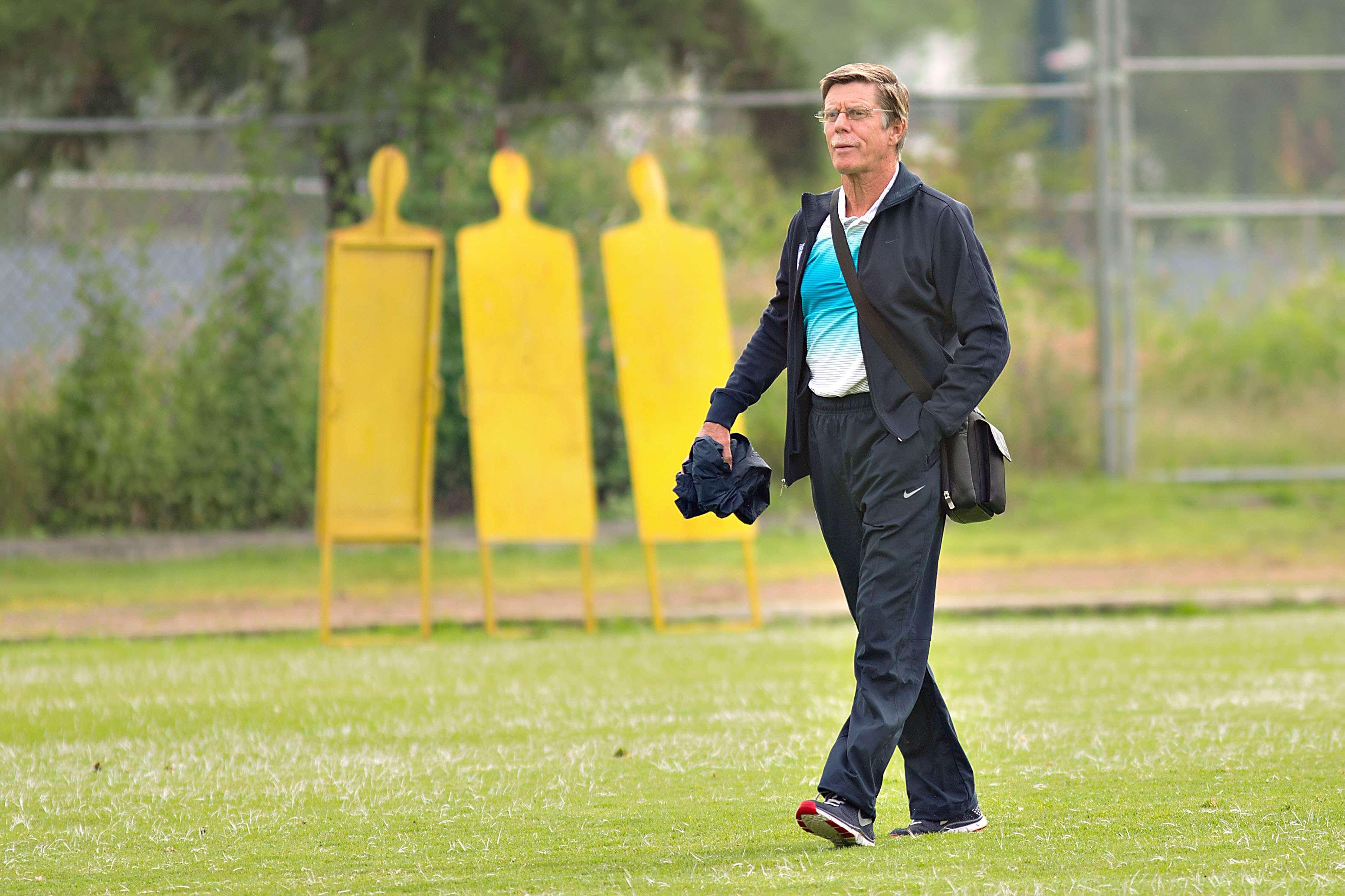 Hans Westerhof podría tener una tercera oportunidad de dirigir a las Chivas. Foto: Imago 7