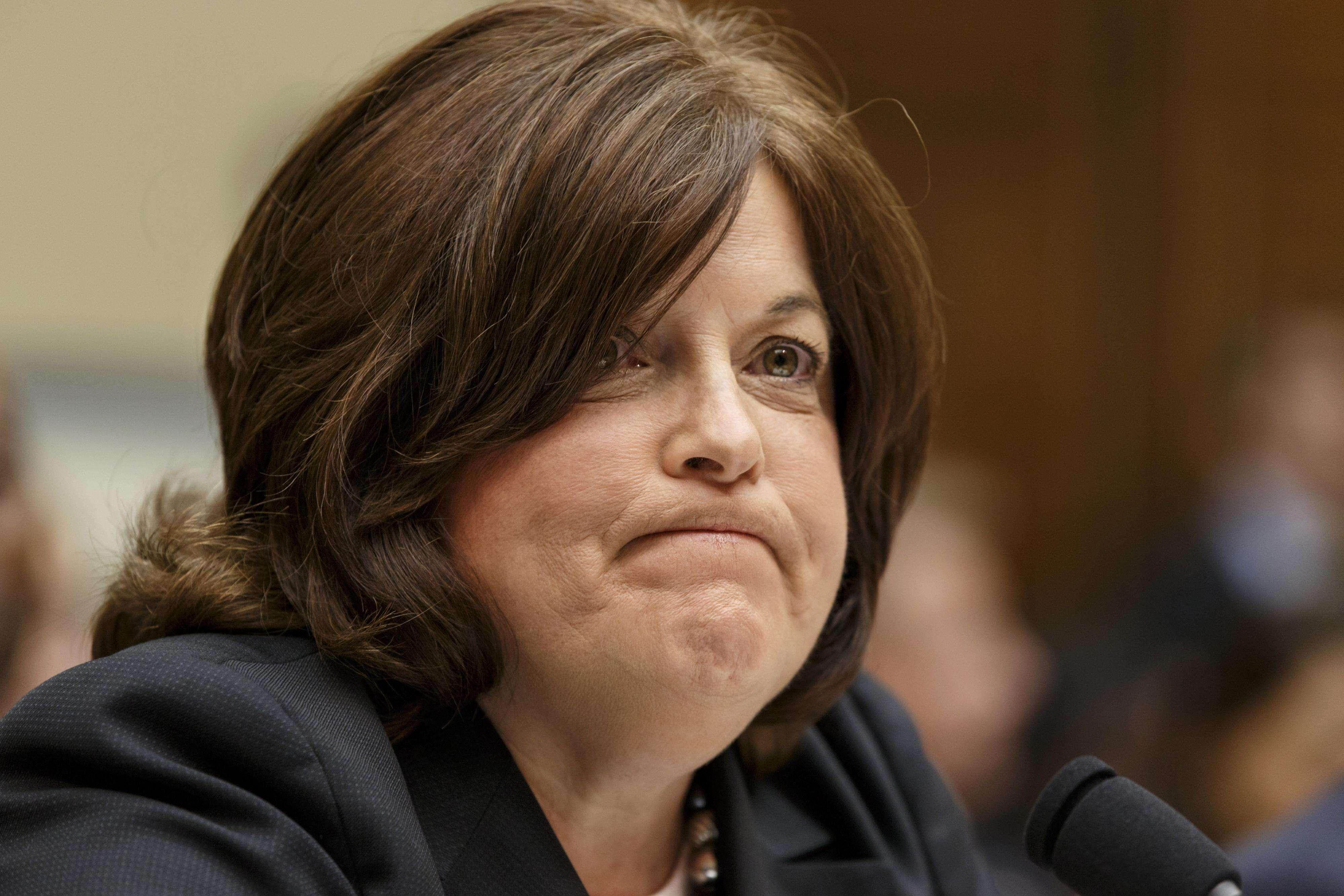 Julia Pierson compareció este martes 30 de septiembre ante la Comisión de Reforma y Supervisión de Gobierno de la Cámara de Representantes por las fallas de seguridad en la Casa Blanca. Foto: AP en español