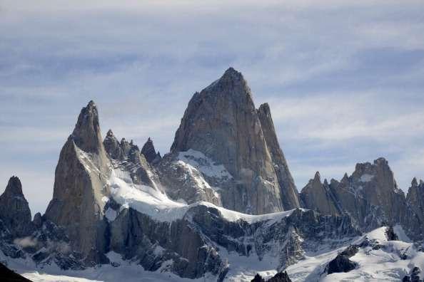 El Monte Fitz Roy o Cerro Chaltén, es una montaña de 3,405 metros so re el nivel del mar ubicada en el límite entre la Argentina y Chile, en la Patagonia Foto: AFP/Archivo