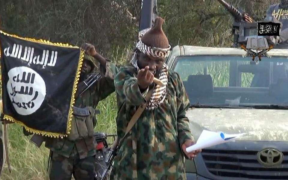 Líder do Boko Haram aparece em vídeo desmentindo a morte noticiada nesta semana Foto: AFP