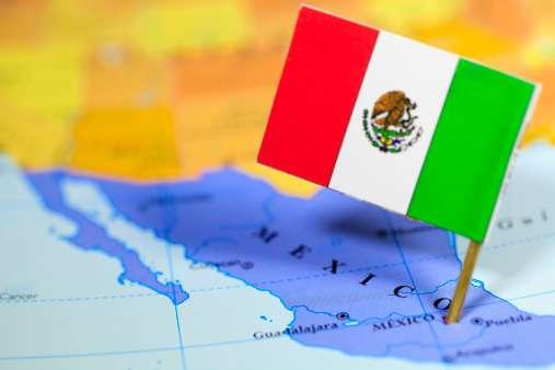 La economía de México, la segunda más importante de América Latina, también sufre por bajos salarios y productividad que limitan su capacidad de expansión Foto: Getty Images