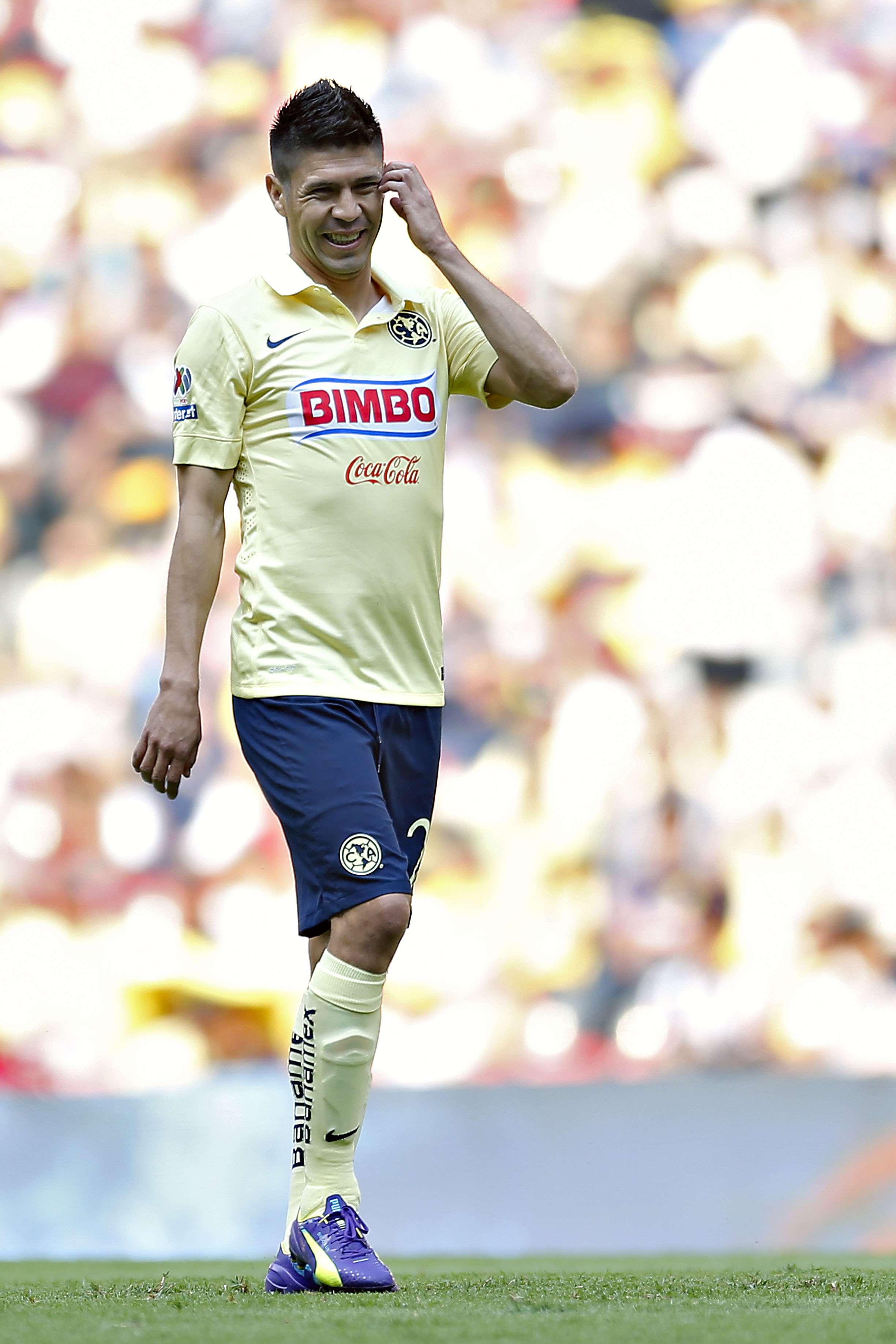 Oribe Peralta, delantero del América y que podría tener problemas con la justicia. Foto: Imago 7