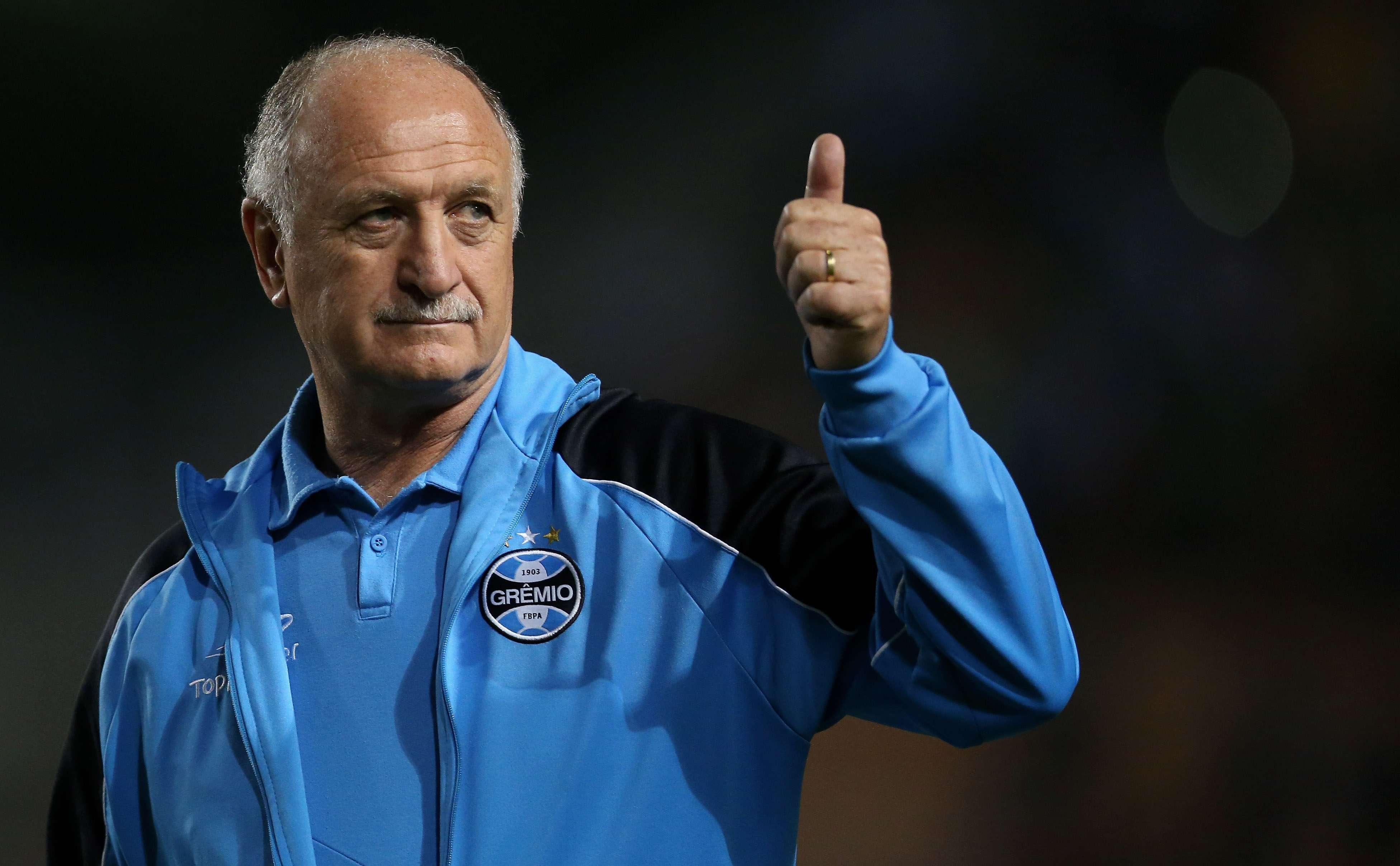 Vencedor no Palmeiras, mas marcado pela campanha do rebaixamento de 2012, Felipão, hoje no Grêmio, volta ao Pacaembu Foto: Friedemann Vogel/Getty Images