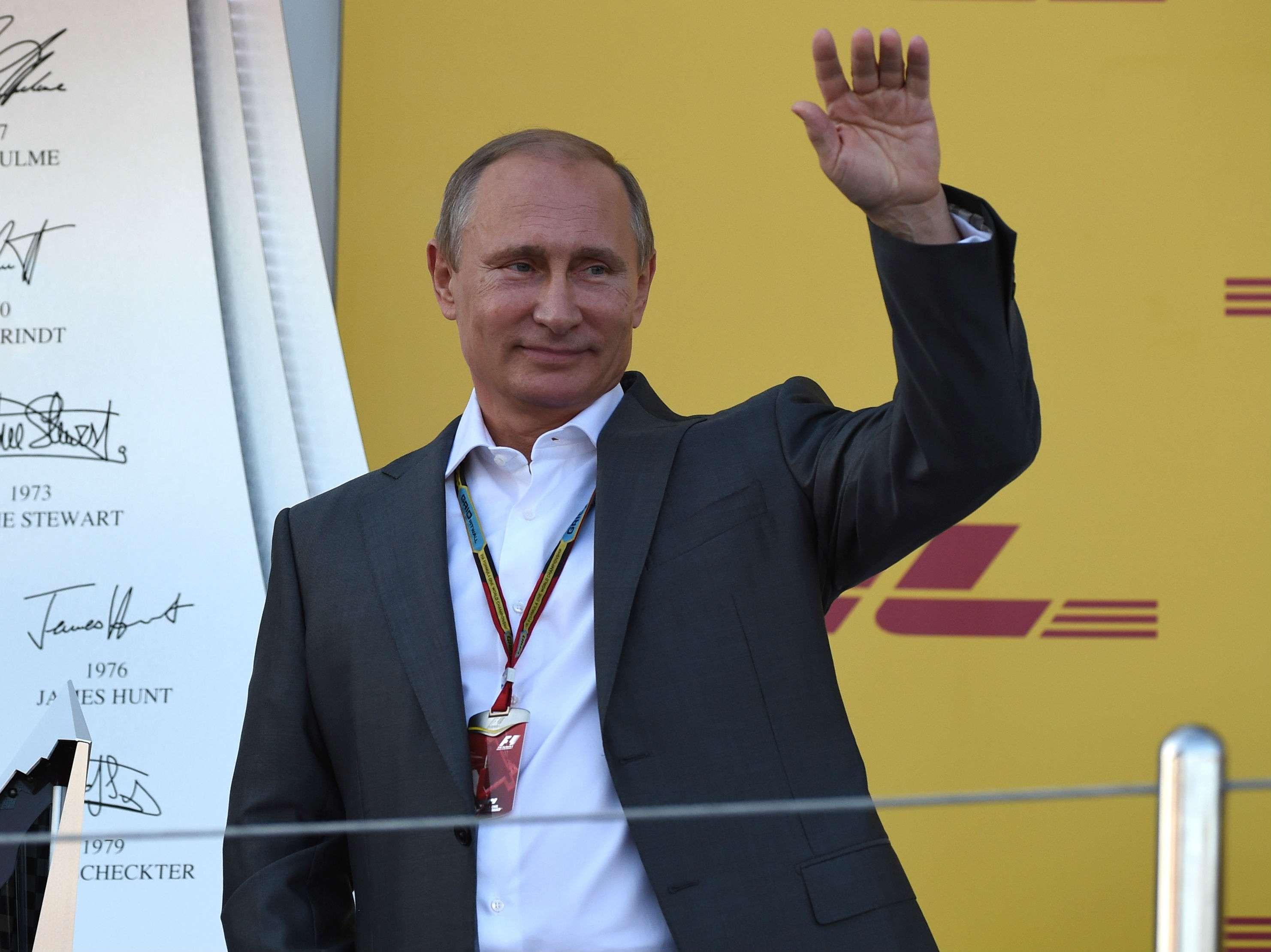 Este domingo, Vladimir Putin estuvo en el Grand Prix de Fórmula 1 Foto: AFP en español
