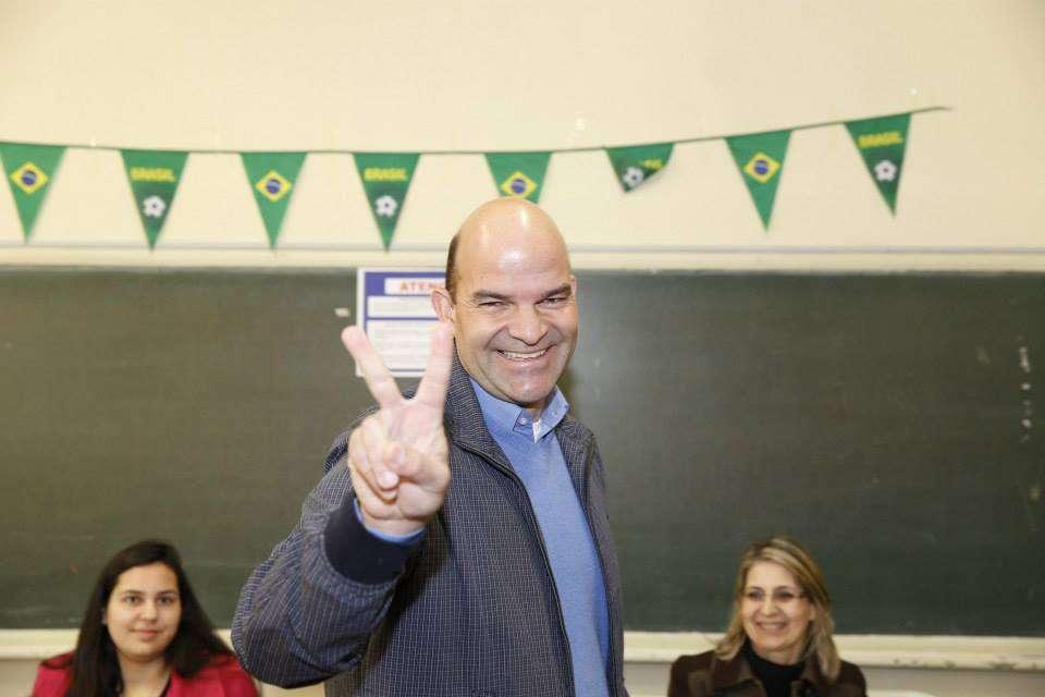 Marcelo Almeida ficou na 3ª colocação na disputa pelo Senado no Paraná Foto: Facebook/Reprodução